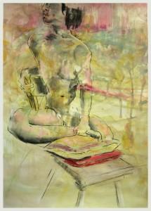 Auf-Stuhl-Sitzende-Fu -auf-Kissen-abgelegt-215x300 in weibliche Figur